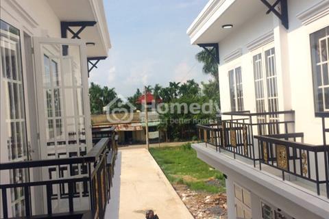 Nhà phố liền kề nằm ngay Quốc lộ 22, gần chợ Tân Phú Trung 1 km, bệnh viện Xuyên Á 2,5 km