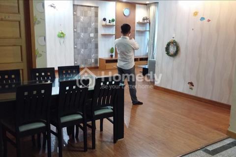Cần bán gấp căn Phú Hoàng Anh, 129 m2, 3 phòng ngủ, nội thất đẹp, giá tốt nhất 2,35 tỷ