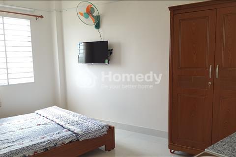 Cho thuê phòng tiện nghi đầy đủ, mặt tiền đường ngay sát sân bay Tân Sơn Nhất