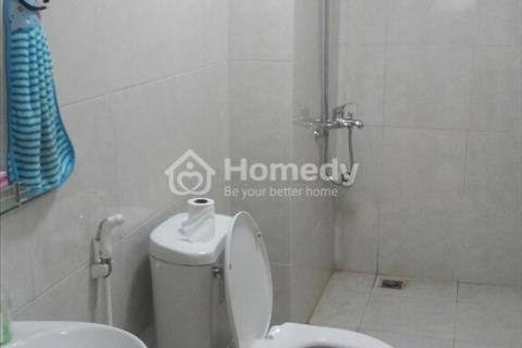Cho thuê căn hộ chung cư Nam Trung Yên 50 m2, giá cực rẻ, 1 phòng ngủ