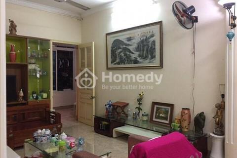 Cho thuê căn hộ tập thể số 30 Vạn Bảo, Trung tâm Hà Nội