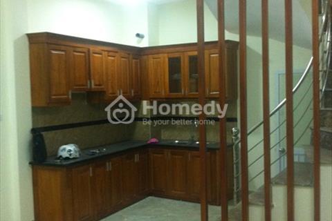Nhà riêng ngõ 279 Lĩnh Nam giá 5 triệu (ưu tiên hộ gia đình)