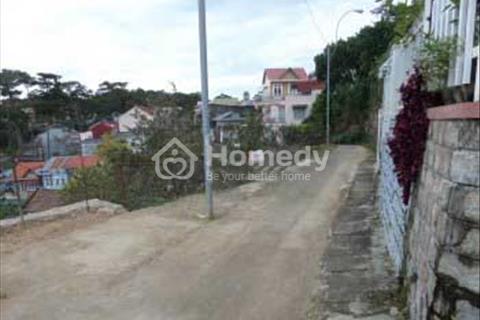 Cần bán nhà đẹp, thoáng khu đông dân cư Đà Lạt