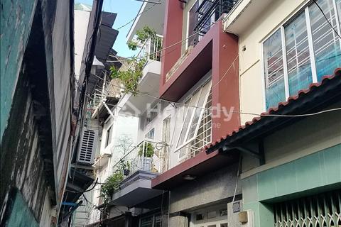 Nhà cách mặt tiền Trần Hưng Đạo 20m , p1, q5.