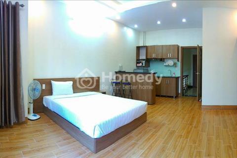 Cho thuê căn hộ view đẹp, tại Nguyễn Thái Bình,  phường 9,Tân Bình, giá 5,5 triệu