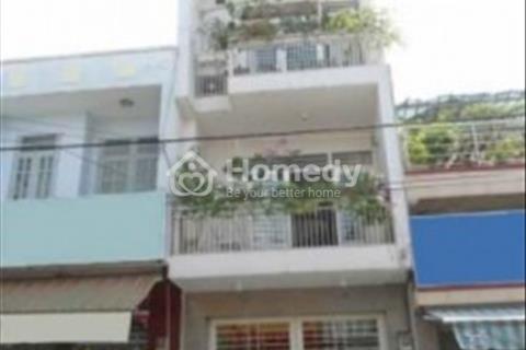 Cần bán nhà mặt phố đường Núi Thành, diện tích 178 m2