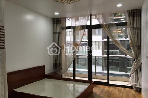 Cần bán căn hộ tòa Dolphin Plaza Mỹ Đình, 3 phòng ngủ, sổ đỏ chính chủ, diện tích 133 m2.