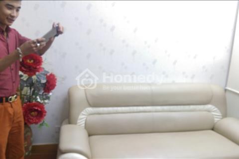 Cho thuê căn hộ chung cư Hà Nội Center Point 90 m2, 3 phòng ngủ, đồ cơ bản. Giá 12 triệu/tháng