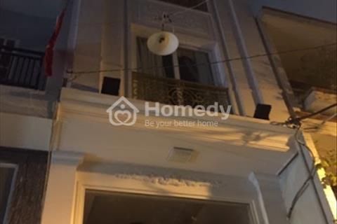 Cho thuê nhà hẻm lớn đường Trần Hưng Đạo, phường Cầu Kho, Quận 1, Hồ Chí Minh