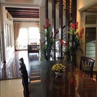 Cho thuê biệt thự 4 tầng tại Đống Đa - Hà Nội giá 2500 USD/tháng