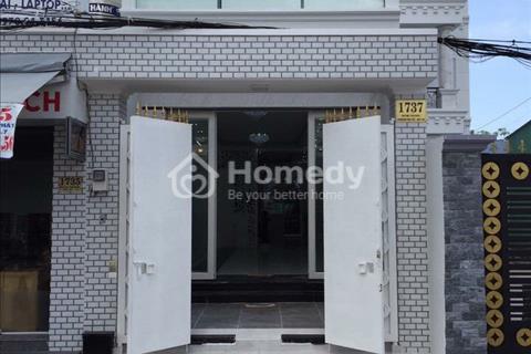 Cho thuê nhà phố làm văn phòng, chỗ để xe hơi, Trần Xuân Soạn, 4 x 37 m, 2,5 lầu. Giá 27 triệu