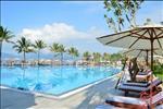 Thừa hưởng các tiêu chuẩn 5 sao của thương hiệu Vinpearl, Vinpearl Cửa Hội Resor& Villas được đầu tư bài bản và chuyên nghiệp với hệ thống tiện ích đẳng cấp bao gồm: Khu hồ bơi sang trọng, chuỗi nhà hàng ẩm thực đặc sắc, hệ thống phòng gym rèn luyện sức khỏe.