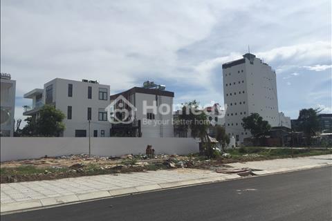 Đất biệt thự đẳng cấp đối diện Vivo City Quận 7 diện tích 12,5 x 24 m hướng Nam 66 triệu/m2