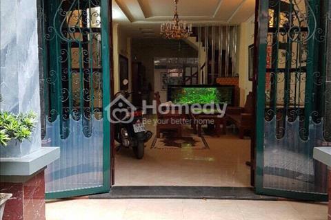 Cho thuê nhà 100 m2, 5 tầng, nhà mới tại Trung Kính