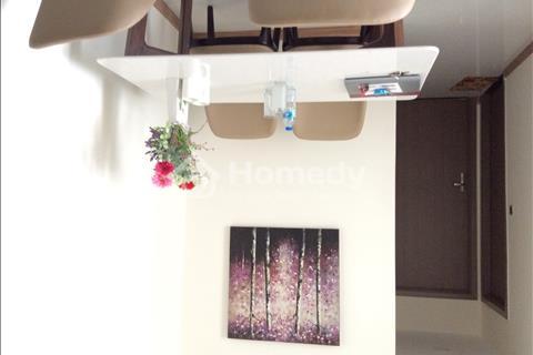 Cho thuê căn hộ dịch vụ Vinhomes, toà Park 6, 2 phòng ngủ, 2 WC. Giá 1.200 USD/tháng, 74,7 m2
