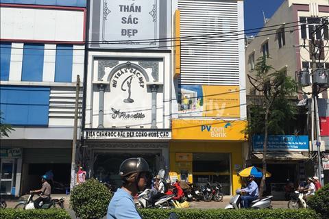 Cho thuê nhà mặt tiền đường Lý Thái Tổ, Phường 1, Quận 3, diện tích: 4,8 x 31m, nhà 1 trệt, 3 lầu