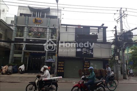 Cho thuê nhà mặt tiền Trần Quang Khải, Phường Tân Định, Quận 1.