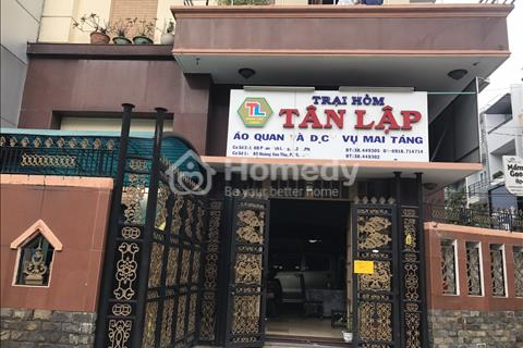 Cho thuê nhà mặt tiền đường Hồ Hảo Hớn, phường Cô Giang, quận 1.
