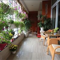 Cho thuê căn hộ chung cư 671 Hoàng Hoa Thám, 180m2, 3 phòng ngủ, đủ đồ đẹp