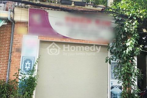 Cần bán gấp nhà phố 1 lầu mặt tiền đường số 49, phường Tân Quy, Quận 7
