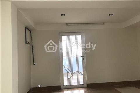 Cho thuê nhà mặt tiền đường Nguyễn Văn Đừng quận 5, diện tích 3,5 x 17 m, 5 tầng, 50 triệu/tháng