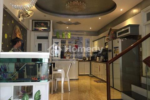 Nhà cho thuê Hòa Cường, gần sân bóng và siêu thị Lotte 5 phòng ngủ, sân rộng, gara, full nội thất
