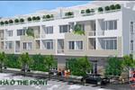 Dự án gồm 17 căn nhà phố, tọa lạc trên đường Huỳnh Tấn Phát, gần ngã tư Hoàng Quốc Việt, tiếp giáp Quận 2, Quận 4, trục giao thông sầm uất nhất Nam Sài Gòn vừa thuận tiện cho giao thông đi lại, vừa là nơi lý tưởng để an cư.