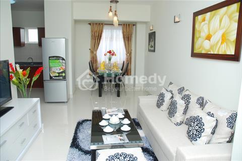 Bán căn hộ diện tích 60m2 chung cư Phú Thạnh, nhận nhà ở ngay, tặng nội thất, có Big C, hồ bơi