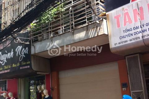 [Cho thuê]: Mặt phố Bà Triệu, 65 m2, 3 tầng, mặt tiền 4 m, thông sàn, làm cửa hàng, shop, showroom