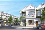 Dòng sản phẩm đất nền nhà phố liền kề thương mại và nhà phố liên kế vườn được quy hoạch thành một khu dân cư bán biệt lập cao cấp, thiết kế hài hòa giữa không gian chung và riêng cùng với quần thể các tiện ích công cộng được đầu tư cho nhu cầu của mọi lứa tuổi.