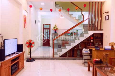 Cho thuê nhà đường Trần Đức Thông, quận Sơn Trà, Đà Nẵng. Nhà có 3 phòng ngủ, 2 wc
