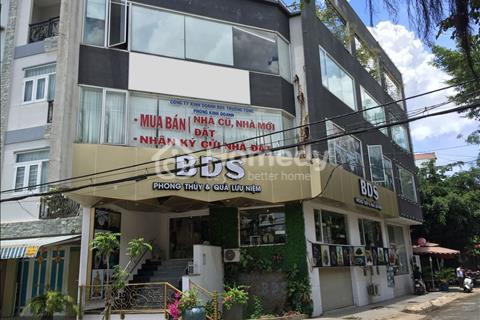 Bán gấp quán cafe 3 mặt tiền, diện tích 856,8 m2, 1 trệt 4 lầu, giá 15 tỷ