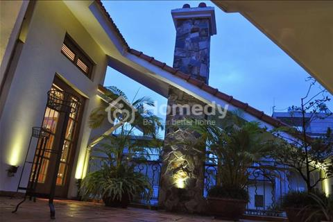 Bán biệt thự 5 tầng, lô góc phố Đội Cấn 120 m2, mặt tiền 8 m. Giá 22 tỷ quận Ba Đình