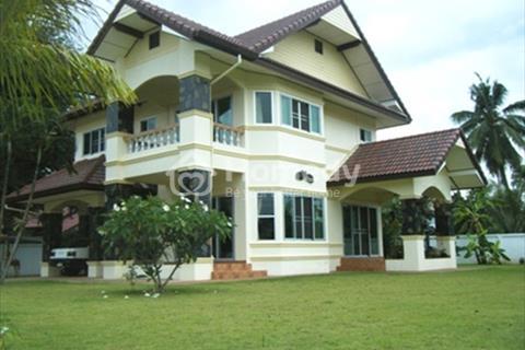 Cần bán nhà đã xây 12 phòng trọ cho sinh viên thuê đường Ngự Bình