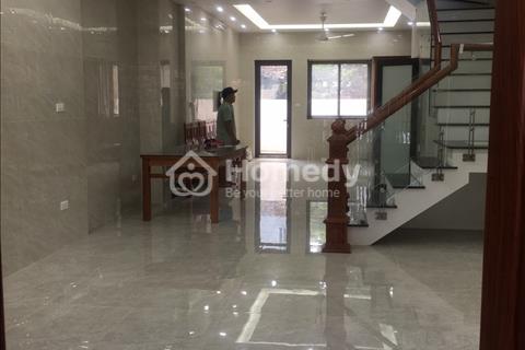 Chính chủ cho thuê nhà làm văn phòng diện tích 80 m2 x 4 tầng mặt phố Tây Hồ