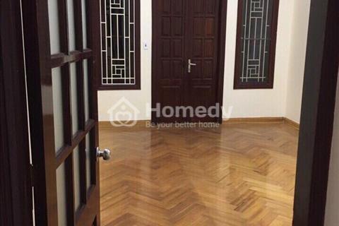 Cho thuê nhà riêng tại Tôn Thất Tùng, DT 65 m2 x 5 tầng, nhà đẹp