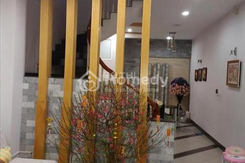 Bán nhà mặt phố Nguyễn Thái Học, 115 m2, mặt tiền 4,8m, giá 38 tỷ. Đối diện bến xe Kim Mã