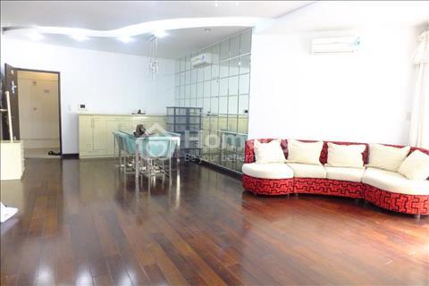 Cần bán căn hộ Luxcity View hồ bơi lầu cao giá tốt nhất khu vực 2 tỷ dt 71 m2, 2 pn, 2wc