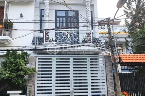 Cần bán gấp nhà phố 1 lầu mặt tiền đường số 36, Tân Quy, Quận 7