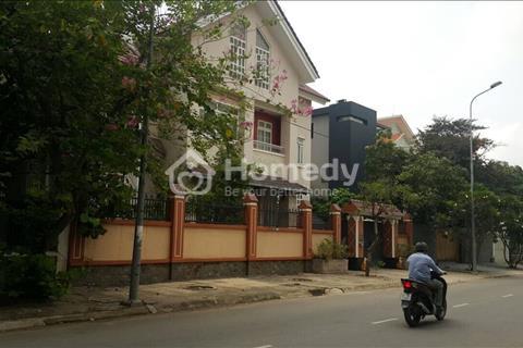 Bán biệt thự mặt tiền đường 20 phường Phú Hữu, quận 9, giáp quận 2. DTKV: 410m2, giá 17,5 tỷ