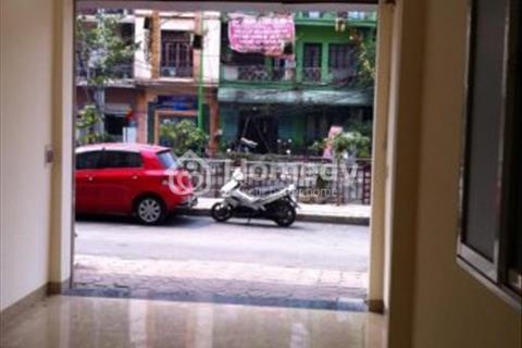 Cho thuê nhà phố Phạm Ngọc Thạch 45m2 chỉ 30tr/tháng