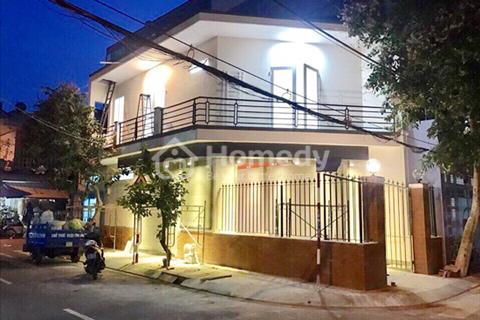 Cần bán nhà phố hiện đại 1 lầu căn góc 2 MT đường số Lý Phục Man, P. Bình Thuận, Quận 7
