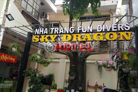Bán khách sạn mặt tiền 4,1m, hẻm ô tô đường Nguyễn Thiện Thuật, 18 phòng, đang cho thuê 2 văn phòng