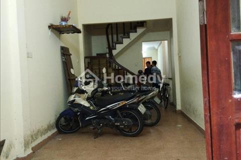 Cho thuê nhà riêng 3,5 tầng tại ngõ 9 Nguyên Hồng - Nguyễn Chí Thanh 4PN