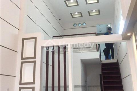 Bán nhà quận Bình Tân tiện nghi đầy đủ, giá hot.