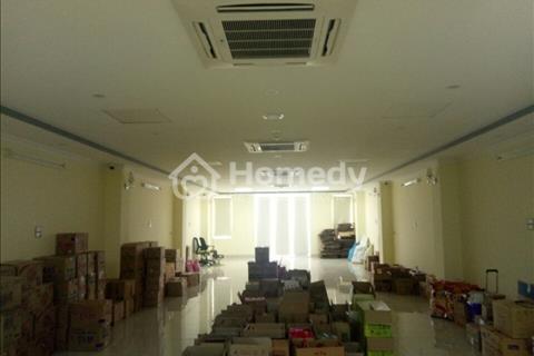 Cho thuê 2 mặt bằng thông sàn rộng 170m ngay ngã tư Nguyễn Xiển làm văn phòng, trung tâm, thang máy