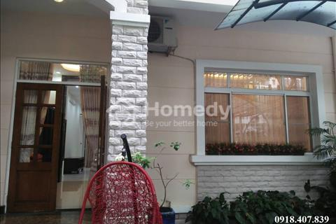 Bán biệt thự phố vườn Mỹ Giang, Phú Mỹ Hưng, diện tích 7x18m, nhà nội thất cao cấp, giá 12,5 tỷ