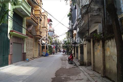 Cần bán nhà ngõ 381 Nguyễn Khang (bán gấp - miễn trung gian)
