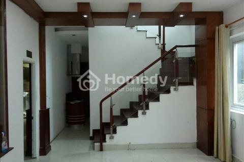 Cho thuê nhà đường D2, quận Bình Thạnh, 8*15, 2 lầu, 39 triệu/tháng