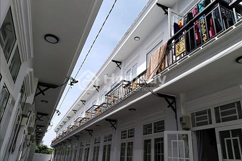 Bán nhà phố 1 trệt 1 lầu cách bệnh viện Xuyên Á 3km giá 560 triệu/căn
